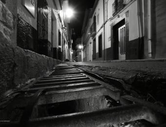 Toni Sanchis-tema : Nocturna Casco urbano